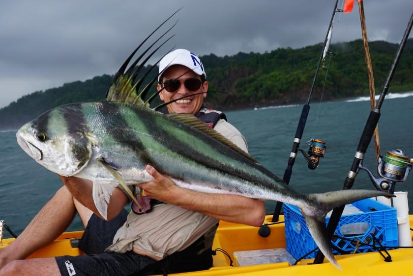 Einzigartig ist der Roosterfish. Er lebt nearshore und ist ein extrem starker Kämpfer. Einer der schönsten Fische die ich kenne aber auch ganz schwer zu fangen. Während unserer Tour konnten wir nur dieses und noch ein kleineres Exemplar überlisten.