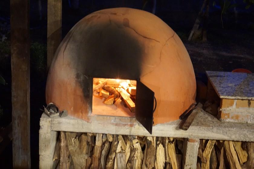 Täglich gabs selbstgebackenes Brot und manchmal auch Pizza.